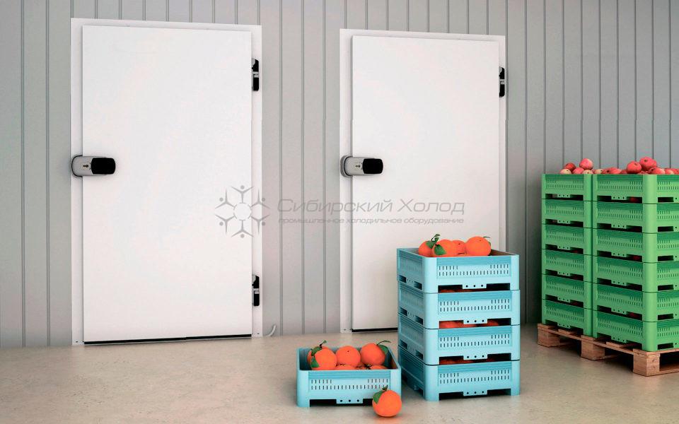 Холодильная дверь на склад